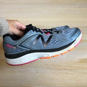 New Balance 860 v8 Running Sneakers Size 8